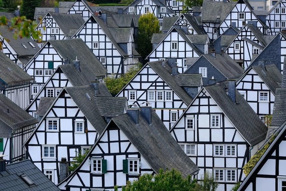 Das Bild zeigt die Fachwekrhäuser Freidenbergs.