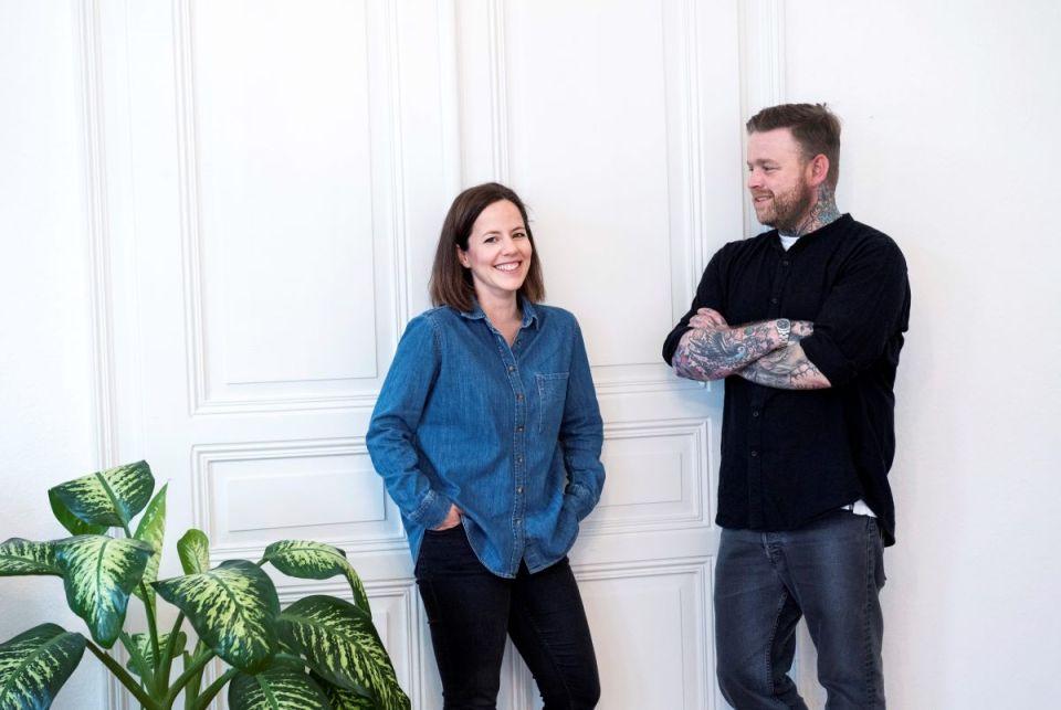 Susanne Philippi und Florian Schwarz vom Buchfink Verlag eröffnen eine Verlags- und Kinderbuchhandlung in der Neustraße. Bildquelle: Lina Blatzek