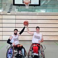 Zeljko Likic und Miljan Grujic freuen sich endlich in der neuen Halle vor ihren Fans spielen zu können. Bildquelle: DONECK Dolphins Trier