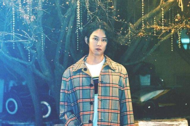 Super Junior's Kim Heechul Tops iTunes Charts Around The World With 1st Solo Single
