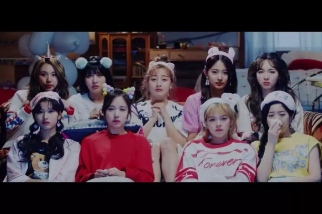 """TWICE's """"What Is Love?"""" Becomes Their 4th MV To Reach 350 Million Views"""
