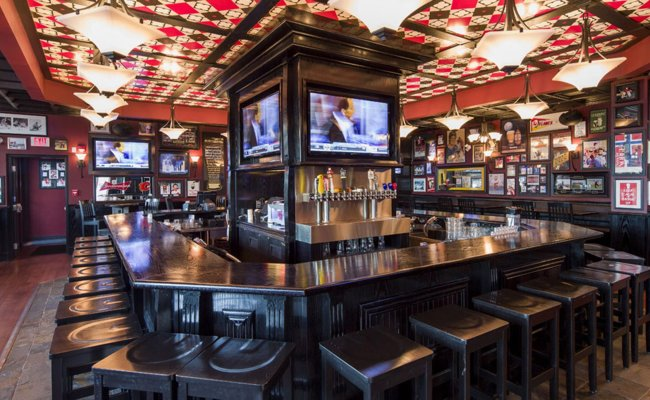 Best Pubs To Watch Super Bowl 50 In Vancouver 604 Now