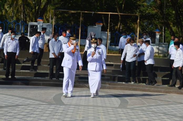 Resmi Pimpin Daerah, Hamim Pou dan Merlan Uloli Beri Penguatan OPD