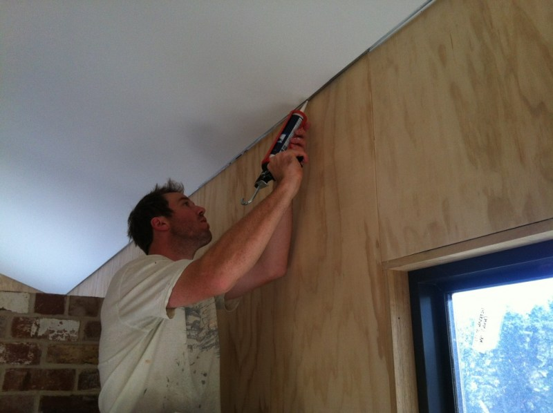How To Fill Gap Between Wall And Ceiling Integralbook Com