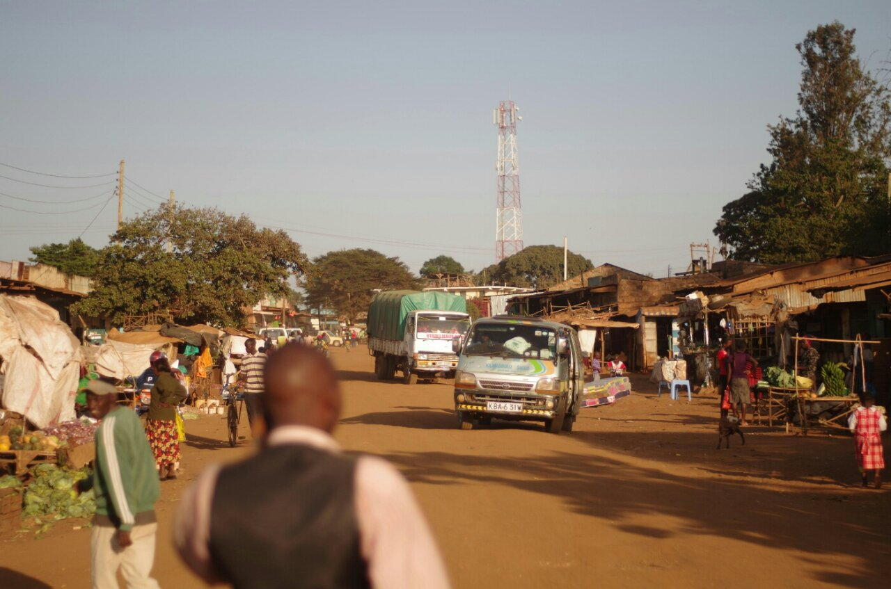 Busses, trucks and goats. Three things you find everywhere in Kenya
