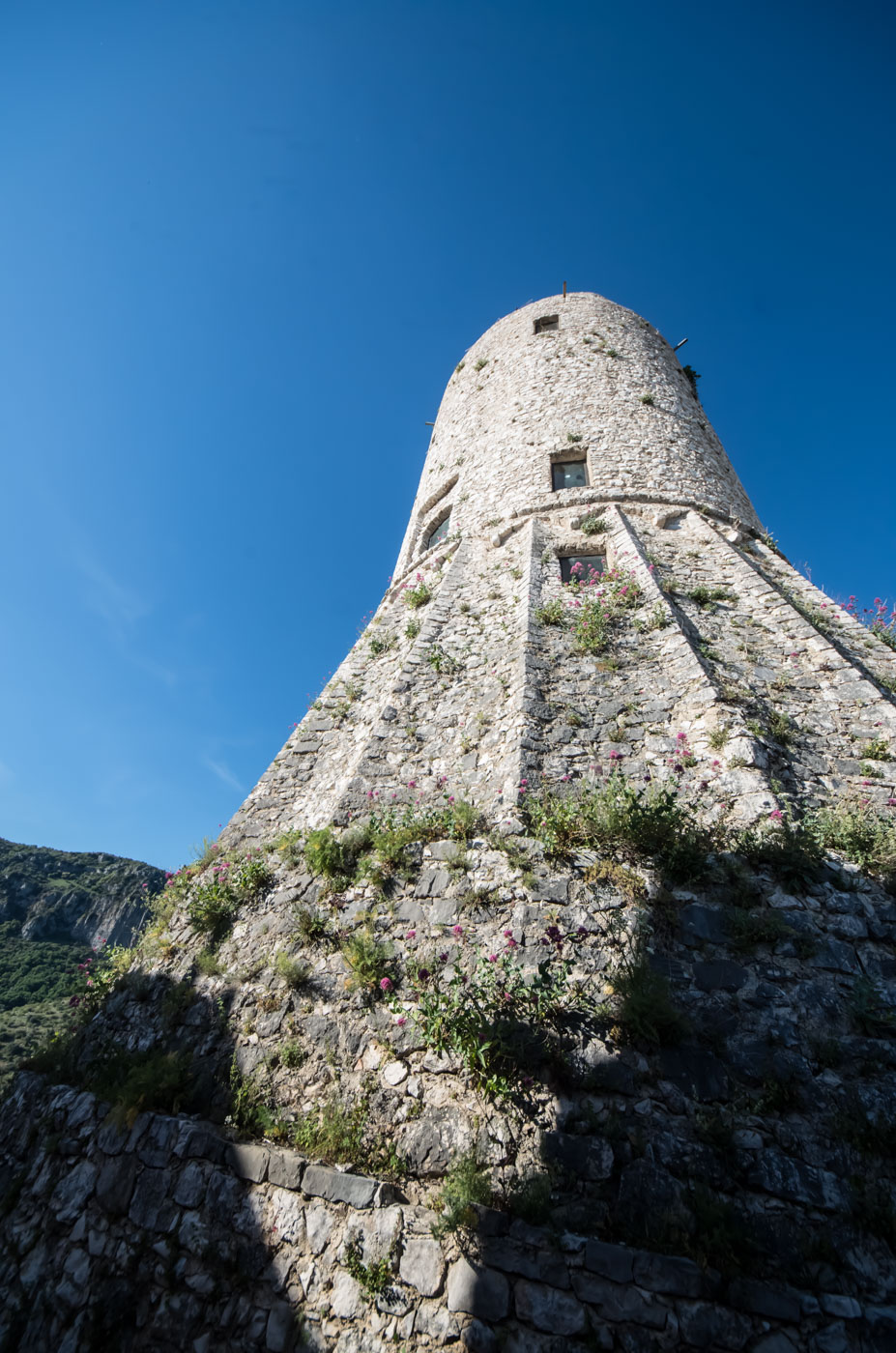 14th century living tower, that was the start of what late became the town of Castelcivita.