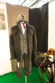 Velo-couture for the tweed ride, at 1.900 € quite reasonably priced, isn't it dear?