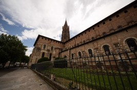 Typical for the south of France are the octogonal towers, like that of Saint Sernin in the old town of Toulouse
