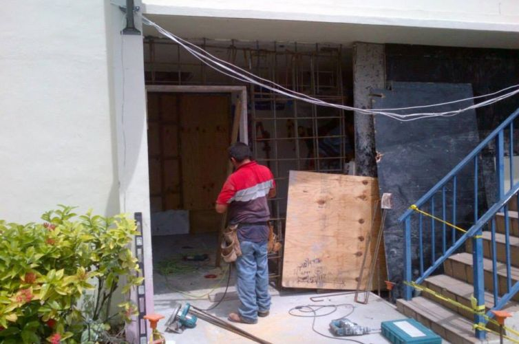 Residence House Exit Corridor Project