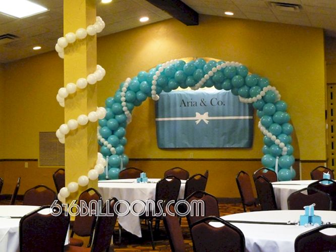 Balloon Arch – 616 Balloon Art & Decor