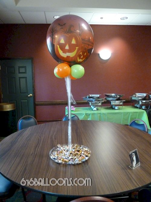 Halloween centerpiece balloon with candy dish by 616Balloons.com Grand Rapids, Mi. Premium balloon art & decor. Corporate events, private parties..