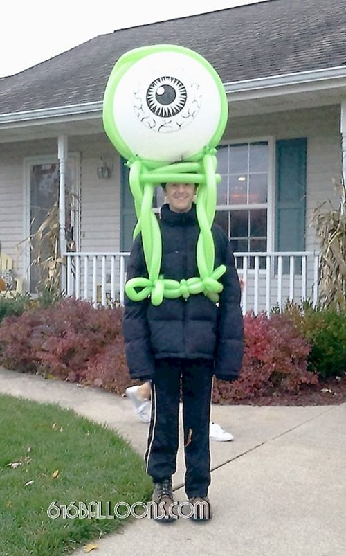 Alien Eyeball balloon monster costume by 616 Balloons Grand Rapids, Mi. Premium balloon art & decor. Corporate events, private parties..