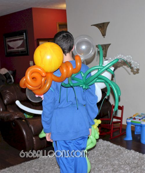 Back of under the sea balloon costume by 616 Balloons Grand Rapids, Mi. Premium balloon art & decor. Corporate events, private parties.