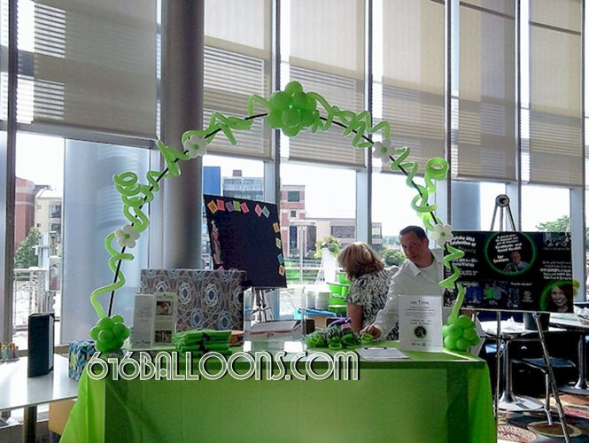 Gratitude Growing charity event vines & flower balloon table top arch at JW Marriott. 616Balloons.com Grand Rapids, Mi. Premium balloon art & decor. Corporate events, private parties..