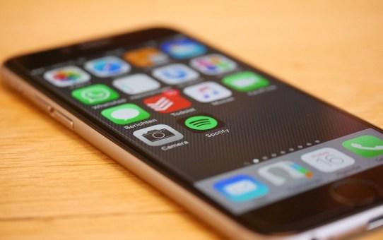 Twój SMARTFON wysyła dane do GOOGLE
