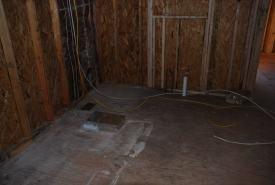 Under-cabinet duct in Kitchen