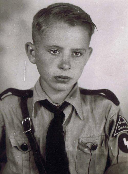 Hitler Youth Haircut Reddit : hitler, youth, haircut, reddit, Everything, Constitutes, Hitler, Youth, Haircut?