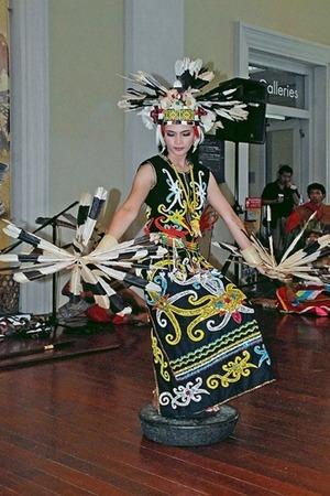 Sebutkan 5 Tarian Adat Di Indonesia : sebutkan, tarian, indonesia, Contoh, Tradisional, Kreasi, Di...