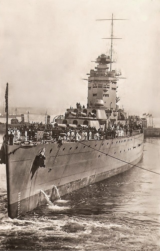 Naval Architecture — jcsmarinenews: HMS Rodney (pennant number 29)...