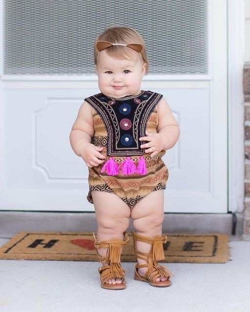 Ugly Baby Outfits : outfits, Babies, Faces, Mother, Could, Dress, Pocahontas, Like,, But...