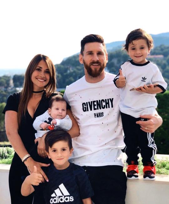 Ciro Messi Roccuzzo : messi, roccuzzo, Messi, Antonela,, Ciro,, Thiago,, Lionel, Mateo., Family.