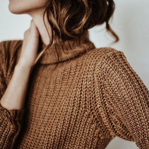 autumn chunky sweater the blogtober tag