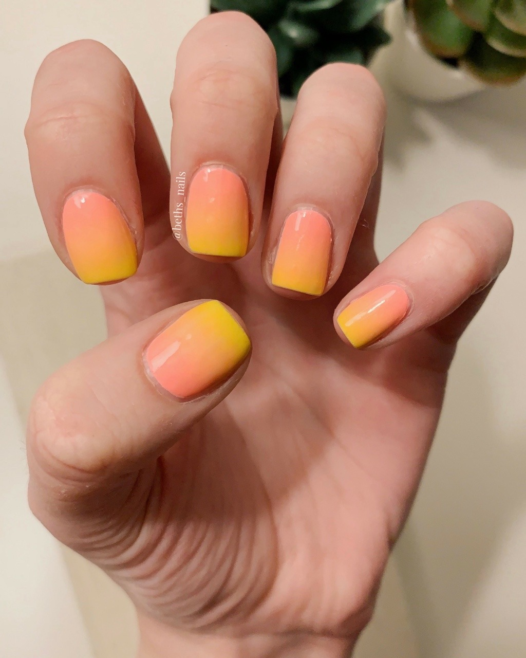 Blended Nails : blended, nails, Beth's, Nails, Go-to, Summer, Gradient!, Bold...