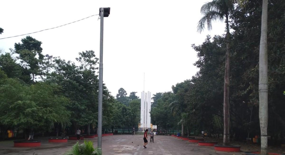 Plaza - Tugu Karawang-Bekasi