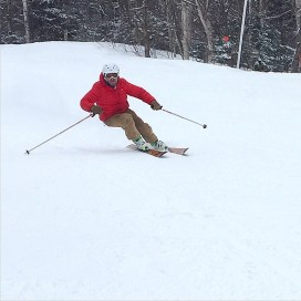 Chandler arcing a high speed GS run on his Swann-Ace model