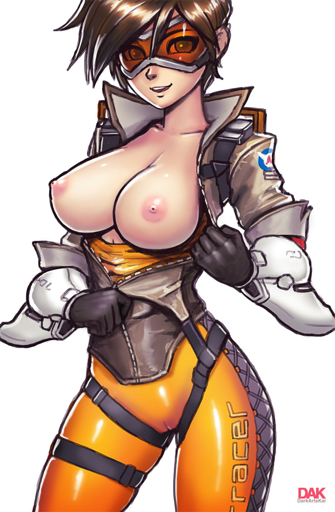 Tracer's Boobs title=
