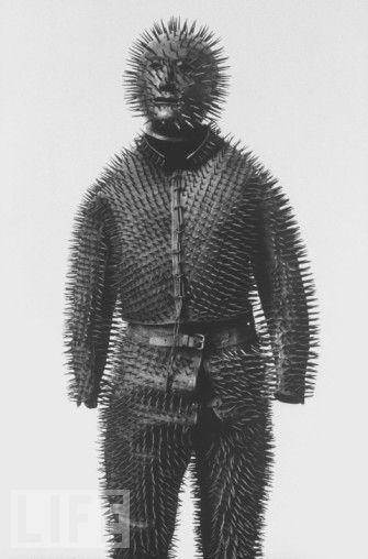 Siberian Bear-hunting armour, c.1800s http://www.sepiachord.com/index/?p=3007