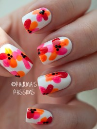 Tropical Flower Nails. Perfect for a beach day