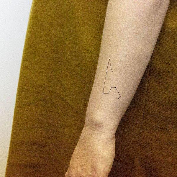 Tatuaje Temporal De La Constelación Leo Tatuajes