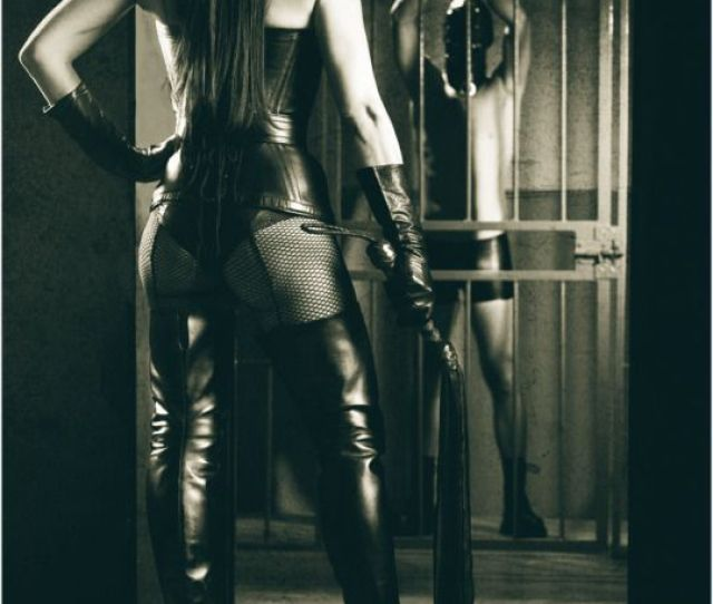 Alycemanfredini Time To Serve Your Domme Slave Its Time For