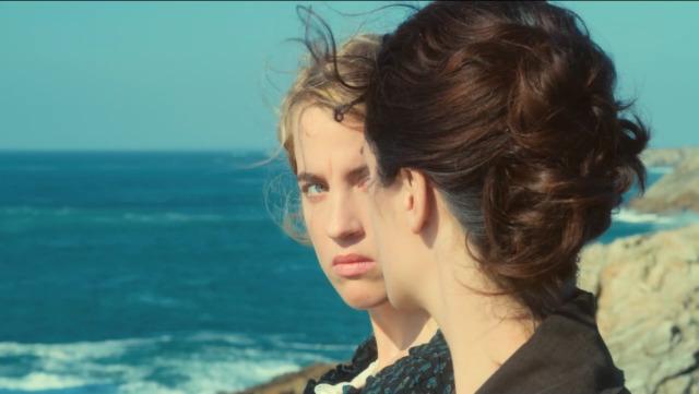 Adèle Haenel y Noémie Merlant en Portrait de la jeune fille en feu