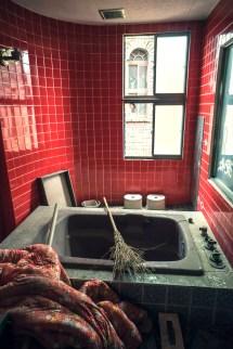 Abandoned Gorgeous Love Hotel. - Elugraphy