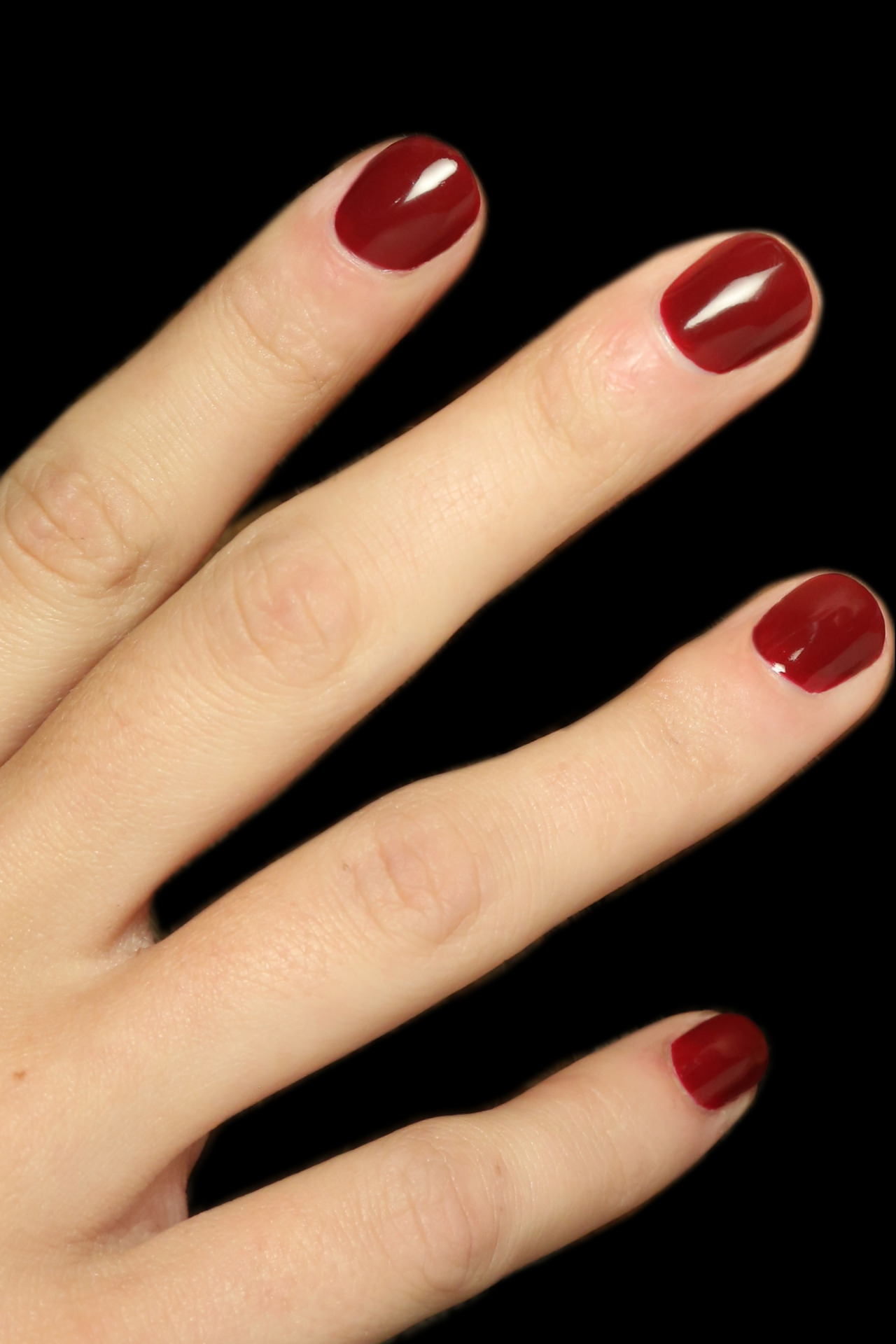 Best Red Nail Polish For Fair Skin : polish, Makeup, Trending, Polish, Shade, To...