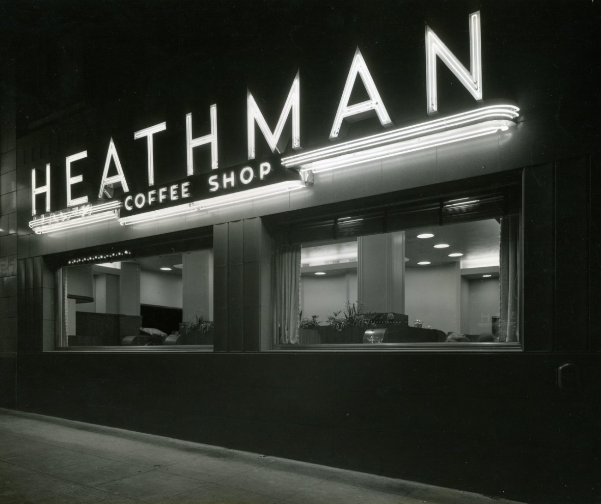 Heathman Hotel Coffee Shop - 1001 SW Broadway, Portland, Oregon U.S.A. - June 14, 1940