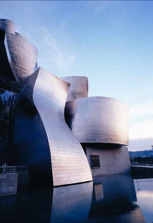 tumblr_pg6am9kqGF1qfzymao1_500 just-good-design:Bilbao Guggenheim Contemporary