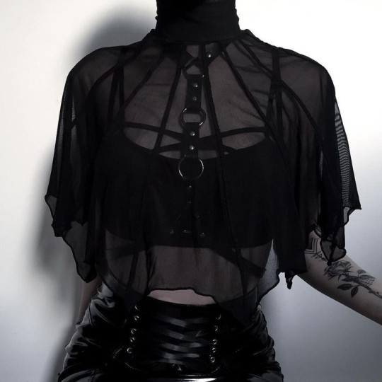dark outfit on tumblr