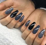 gray and black nails