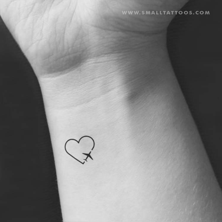 Tatuaje Temporal De Un Corazón Viajero Cómpralo Tatuajes