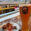 懲りずに飲み食い。 (Lufthansa Business Lounge Berlin-TXL)https://www.instagram.com/p/B2MiUqSAadL/?igshid=1sk3x3azvirek