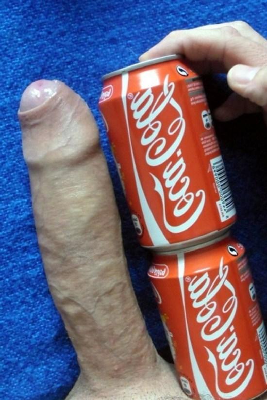 penis duas latinhas de coca cola