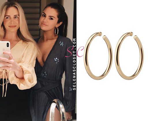 88038283a Her choice of hoop earrings are the Jennifer Fisher 'Samira' Hoops in plated  10k gold. They're $550.