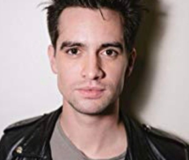 Please Tell Me Im Not The Only One Who See The Similarities Between Nick And Brendon Fat Lipsbig Ass Foreheads Doesnt Want P