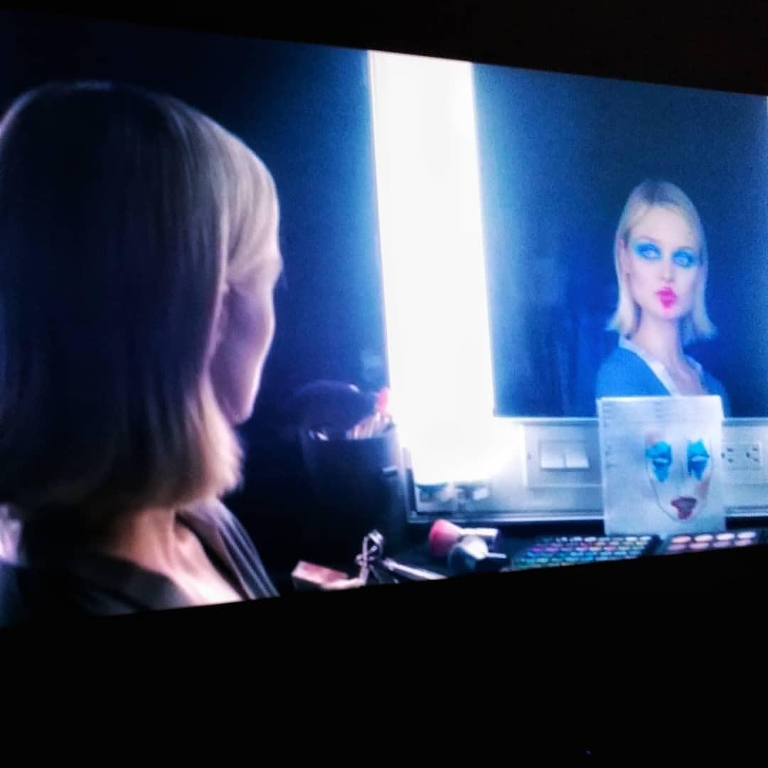 #model #neondemon #neon #demon #lightwords #glamour #technology #tech #techie #geek #techy #computer #people #screen #internet...