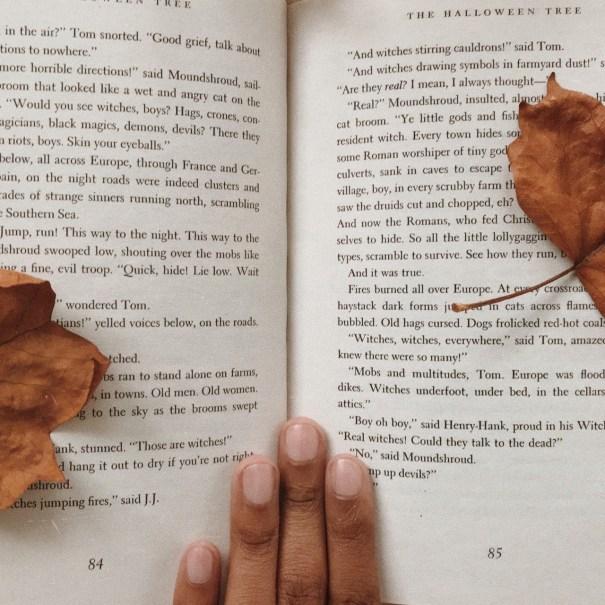 joli–coeur:the halloween tree 🎃🌲 Instagram: … – Literature