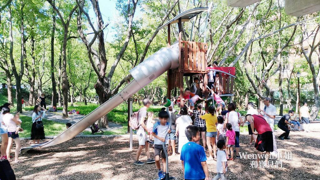 親子就醬玩 on Yahoo — 高高低低攀爬趣。三歲、九歲各有不同玩法~臺北天和公園