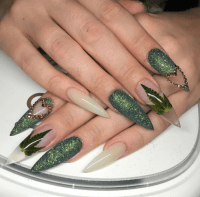 natural stiletto nails | Tumblr
